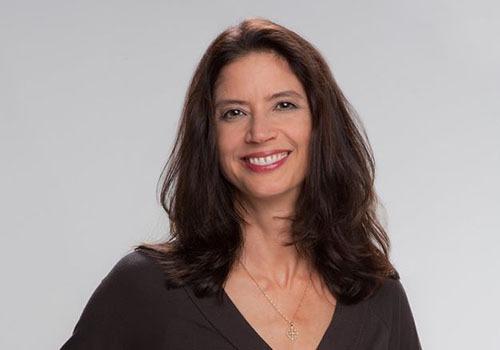 Deborah Morin headshot